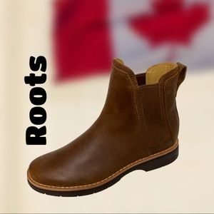 Chelsea Junction Women's Boot by Root,Brown Size 9